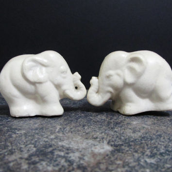 Vintage Salt and Pepper Shakers: White Elephants, Japan