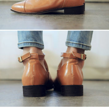 Chic Buckled Loafers