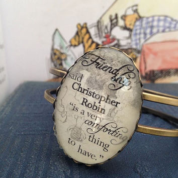 "Winnie the Pooh ""Friendship"" bangle"