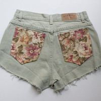 Vintage 28in High Waisted Denim Shorts