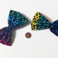 Rainbow Cheetah Print Bow Set, rainbow bows, colorful, Animal print bows, cheetah print, cheetah print fabric, pigtail bows, womens bows,