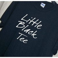 LITTLE BLACK TEE t shirt