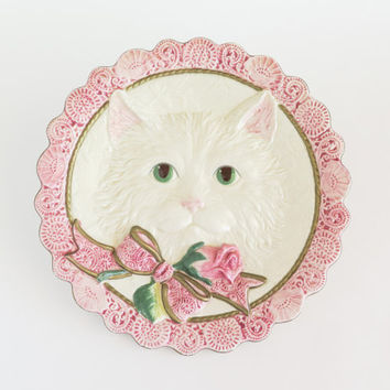FITZ and FLOYD Fluffy White Cat Decorative Wall Plate