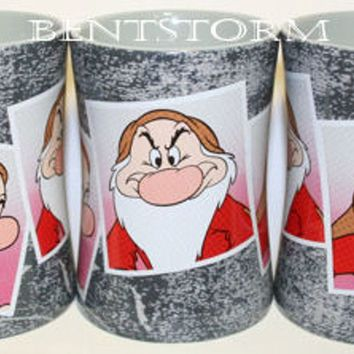 Licensed cool GRUMPY Dwarf Snow White & 7 Dwarfs Photo Ceramic Coffee Cup Mug Disney Store NEW