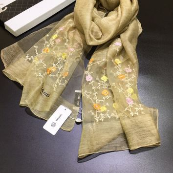 2017 autumn and winter fashion brand Chanel scarf