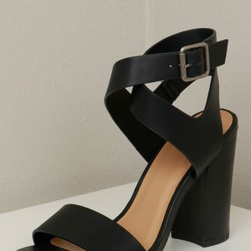 Criss Cross Strappy Heel Black