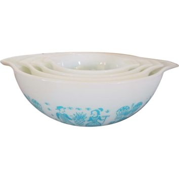 PYREX Mixing Nesting Bowls Buttermilk Amish 1950s
