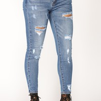 Can't Do Better Skinny Jeans - Medium Blue Wash