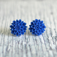 Blue Flower Earrings, navy color flower, resin cabochon, blue dahlia, silver stud, 16mm, post earring - Dahlia Collection