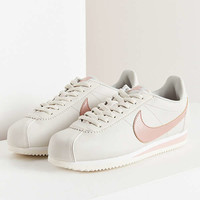 Nike Classic Cortez Sneaker | Urban Outfitters