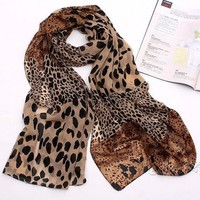 Fashion sexy CONTRAST COLOR Leopard Print Scarf