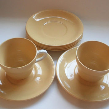 Grindley England Dark Yellow White Handle Tea Cups and Saucers