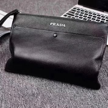 PRADA  MEN'S NEW STYLE LEATHER HAND BAG
