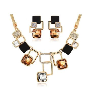 Trendy Jewelry sets New Fashion Gold-color Filled Rhinestone Crystal Acrylic Geometric Necklace Earring Jewellery Set For Women