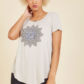 Kaleidoscopic Topic T-Shirt | Mod Retro Vintage T-Shirts | ModCloth.com