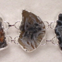BRGeode14 Sterling Silver Bracelet made with Unique Pieces of Geode