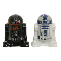 Star Wars R2-D2 & R2-Q5 Salt & Pepper Shakers