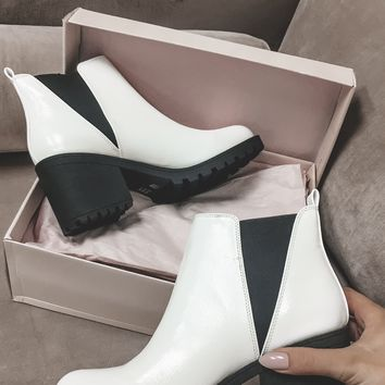 Round of Applause White Leather Platform Booties