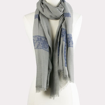 Printed Lace Scarf in Gray