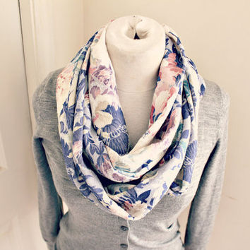 cream and blue multi colored roses infinity scarf vintage fabric.