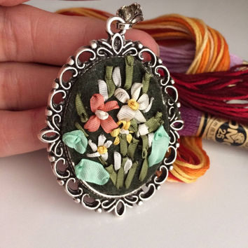 Ribbon Embroidery, Ribbon Embroidery Necklace, Embroidered Flower Jewelry, Long Pendant Necklace, Flower Jewelry ,Flower Embroidery Necklace