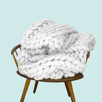 """QUEEN SIZE Super Plush Extra Chunky Knit Wool Throw Blanket 60"""" by 84"""" Now in Grey"""