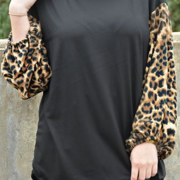 Wild And Free Top - Leopard