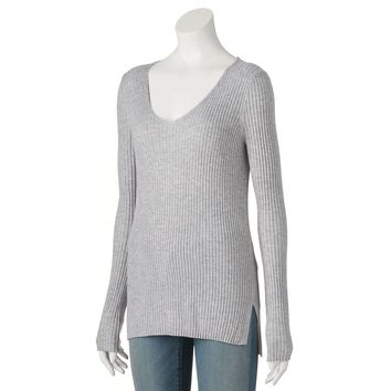 Juniors' Cloud Chaser Ribbed V-Neck Sweater