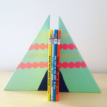 Mint and Coral Wooden Teepee Bookends, Wooden Teepees, children's bookends, teepee decor, wood teepees, wood blocks, children's teepees