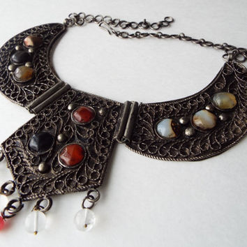 Vintage necklace//Tribal necklace//Collar necklace//Bib necklace//Cleopatra Necklace//Stone necklace//Agate necklace//Hinged necklace