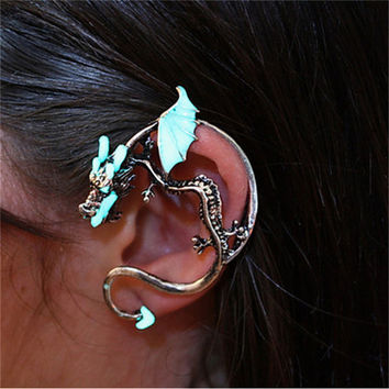 New Design Punk Gothic Luminous Fly Dragon Ear Stud Cuff Clip Exaggerated Personality Earring for Men and Women