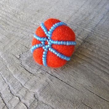 Tomato sea paprika brooch with glass frosted blue sky beads, sea inspired rouge origianl pin, needle felted pouf fluffy pin