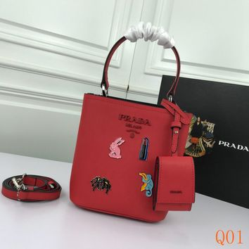 HCXX 19Aug 950 Prada Mini 1BA217 Metal Applique Decorative Magnetic Buckle Bucket Bag 18-8.5-11