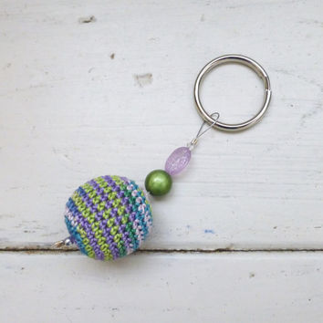 Crochet bead keychain, women's keychain, women's accessory, blue and green key chain, key chain for sale, gift idea, stocking stuffer