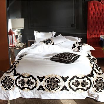 100S Egyptian Cotton White Black Embroidery Luxury Royal Bedding set Queen King size 4/6PcsDuvet cover Bed sheet linen set