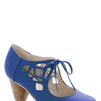 Chelsea Crew Vintage Inspired Strutting Your Stuff Heel in Cobalt