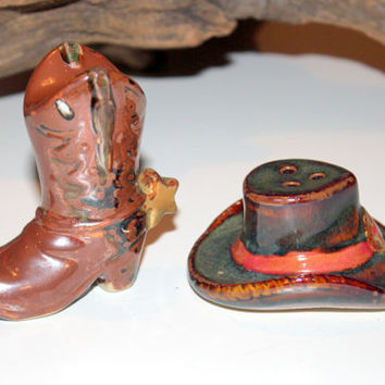 Cute Cowboy boot and Hat Salt and Pepper Shakers, Collectible Kitchen ware