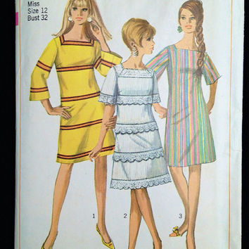 Vintage 1960s Dress Pattern Simplicity 7142 A Line Bell Sleeves Square Neck MIni Dress Mod Hippie Go Go Bust 32 1967