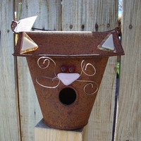 Rusted Tin Cat Birdhouse by Design4Soul - Charitable