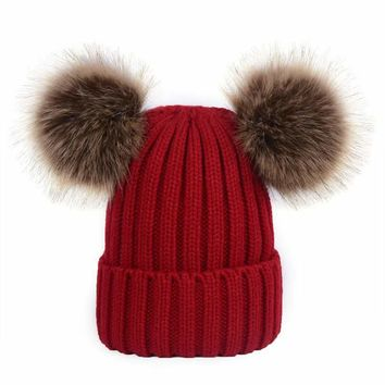 2017 women's hat hundred new high-quality women's winter POMPOM ball cap chiffon knit hat