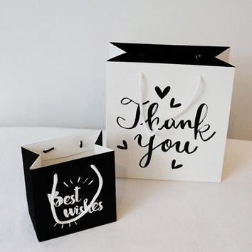 3 Sizes Black or White Cute Paper Party Gift/Favor Bags