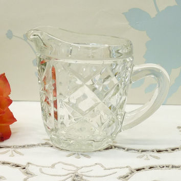 Small Glass Jug, Creamer, Pitcher or Ewer, Pressed Glass, Depression Glass, Vintage, posy, flower, Glassware, Tableware, homeware, J027