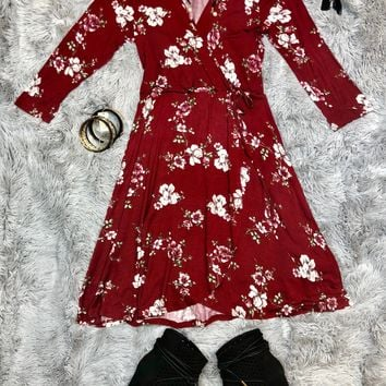 There's No Comparison Floral Dress: Burgundy