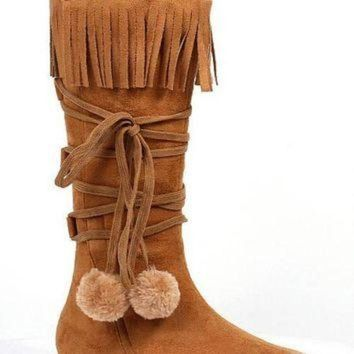 1 Inch Heel Boot With Fringe And Poms Childrens. (Medium,Tan)