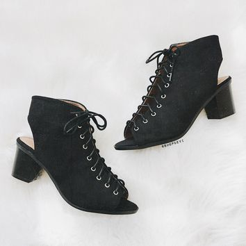 Breeze Lace Up Bootie   Black