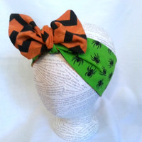 Reversible Halloween Head Wrap - Orange Black Chevron and Spiders Headwrap - Size Infant to Adult - Rockabilly Head Wrap - Retro Head Wrap