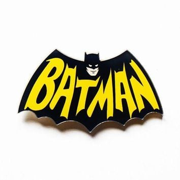 ac spbest Free Shipping 1PCS Batman Pin Badge Cartoon Acrylic Badges Icons on The Backpack Decoration Brooch Badges For Clothing