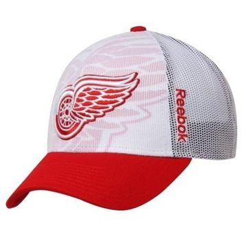 ONETOW NHL Detroit Red Wings Youth Adjustable Draft Hat