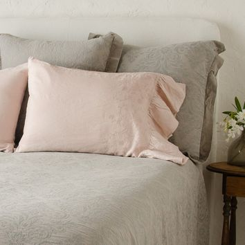 Gabriella Standard Pillowcase with Linen Ruffle Pair in HEIRLOOM ROSE (Set of 2)