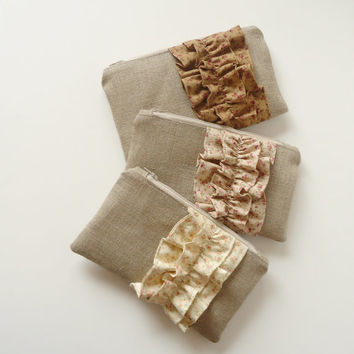 Set of 3 - Shabby Chic Burlap Ruffle Zipper Clutch - Bridesmaid Gift - Cottage Chic Country Wedding Bag